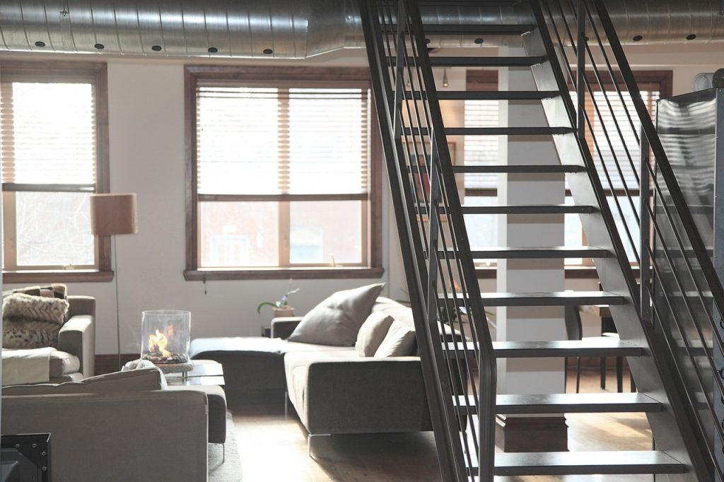 Treppen im Innenbereich – beliebte Materialien